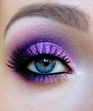 this is not mines, and I love how she did the colors!!! its SO pretty!