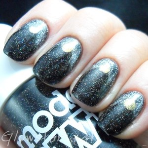 To find out more about the mani I wore to Olympia Beauty please visit http://glowstars.net/lacquer-obsession/2012/09/olympia-beauty-the-mani