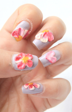 more info here: http://littlebeautybagcta.blogspot.ro/2013/03/inspired-by-flowers-nails-31-themes.html