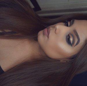 Instagram- @alejandra.makeup  YouTube- Alejandra Moreno
