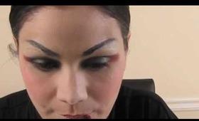 Geisha Inspired Makeup Tutorial/ Maquillaje de Geisha