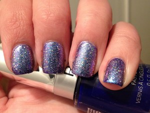 This is soooo pretty! Galaxy nails in a bottle!!  http://polishmeplease.wordpress.com