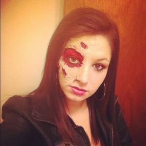 So easy and fun to do all you need is liquid latex some tissue paper and makeup!