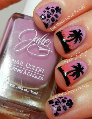 This look features a shade picked by my kitty Muffin (yes I have her pick my polishes haha). These shades are from the Jesse's Girl- Julie G nail color line. The stamps are from a plate I got in a swap with a Dutch friend.