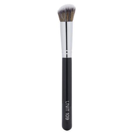 UNIT 109 Cheek Brush