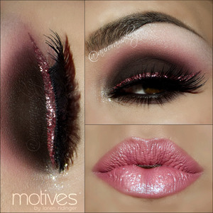 instagram @auroramakeup FB: https://www.facebook.com/AuroraAmorPorElMaquillaje  @motivescosmetics products by @lorenridinger  Eye Shadow Base  Paint Pot Mineral Eye Shadow in MARSHMALLOW hightlighting brow bone  LaLa Mineral Blush in CENTERFOLD as transition color on the crease  Pressed Eye Shadow in VINO to mark the crease and blend the edges below lower lashes   Khol Eye Liner in COFFEE as cream base in mobile Eyelid  Pressed Eye Shadows in ONIX and CHOCOLIGHT setting eyeliner placed on mobile eyelid , and blending eyeliner in wateline   Glitter Pot in JEWEL PINK mixed with Glitter Adhesive to line top lashes   Khol eyeliner in ONIX on waterline.  Glitter Pot in CELEBRATE to highlight inner corner , just some  sparkles .  Lala Mineral Volumizing and Lengthening mascara in BLACK  Lips have Mineral Lipstick in WISTERIA and Paint Pot Mineral Eye Shadow in MARSMALLOW in higher parts of the lips   Lashes are SHOW STOPPER by @doseofcolors