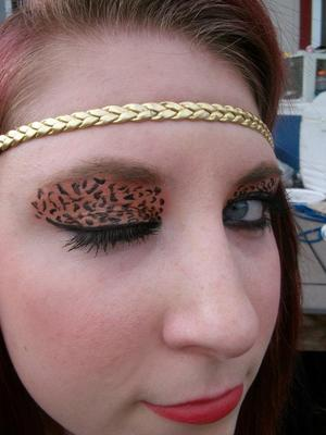 Inspired by the leopard print tutorials.  Found it fairly easy to accomplish.