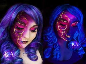 I'm on a black light streak at the moment! Instead of doing the traditional blue and black sky, I went pink and purple! It shows up way better under black light.   Have any requests for other black light looks? Let me know!