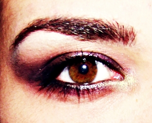 sexy smokey brown/purpley with wet look eye