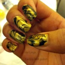 Black & gold water marble design