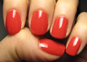 Gr8 new colour by Essence! ^_^ PS I've to say that it is defnitely darker, but I couldn't take a better picture sorry!?