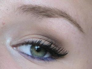 A slightly dramatic look including a fun pop of color! Check out the tutorial! http://www.youtube.com/watch?v=Mx3vmrE89aU&list=UUEAemt1UtBwWHE9GKkAOKVA&index=2&feature=plcp