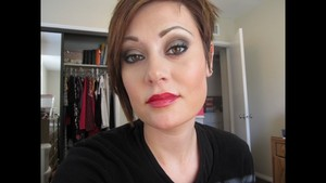 Lip Combo: Red Lips With Gold Glitter