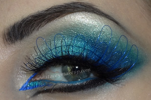 ocean on my eyes and amazing corals on lips... hope you enjoy it! tutorial here: http://www.youtube.com/watch?v=apJ8HBbcfNk