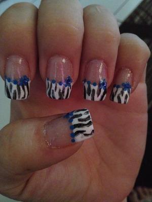 Zebra nail tip