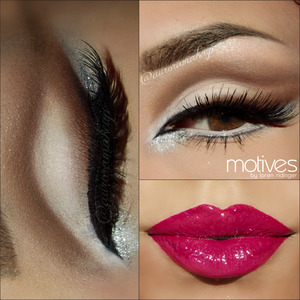 instagram: @auroramakeup FB: https://www.facebook.com/AuroraAmorPorElMaquillaje  Details // Detalles  Brows have DIP BROW POMADE by Anastasia Beverly Hills  Lashes are SHOW STOPPER by @doseofcolors  Pestañas son las SHOW STOPPER de http://www.doseofcolors.com  Products on lips and eyes are @motivescosmetics by @lorenridinger  Productos en labios y ojos de Motives by Loren Ridinger  Eye Shadow Base Prebase de sombras de motives  Pressed Eye Shadow in CREME FRESH to highight Brow Bone Sombra blanca nacarada CREME FRESH para iluminar el hueso de la ceja  Pressed Eye Shadow in CAPPUCCINO as transition color Sombra cafe claro mate CAPPUCCINO como color de transicion  Pressed Eye Shadow in CHOCOLIGHT to mark the crease and blending the outer wing on top lashes Sombra cafe oscuro mate CHOCOLIGHT para marcar el pliegue del ojo y difuminar el delineador negro encima de las pestañas superiores   Pressed Eye Shadow in VANILLA & LIQUID covering movile eyelid Sombra hueso y blanca  mates VANILA y LIQUID para cubrir el parpado movil  Luxe Precision Eye Liner in JET BLACK linig top and inner part Delineador de precision negro en plumin JET BLACK para realizar todo el delineado superior y del lagrimal  Khol Eyeliner in ANGEL for waterline and below lower lashes Delineador blanco ANGEL en la linea del agua y  debajo de las pestañas inferiores  PRessed Eye Shadow in ONIX to draw a line below lower lashes Sombra negra mate ONIX para dibujar la linea debajo de las pestañas inferiores  Lala Mineral Volumizing & Lengthening mascara in BLACK for top & lower lashes MAscara de pestañas negra Volumizante y alargadora en pestañas inferiores y superiores  Glitter Pot in CELEBRATE below inner corner and beside outer wing  Glitter Adhesive to stick the glitter Brillos plata CELEBRATE debajo de la esquina del ojo por debajo y alado del ala al final del ojo  Lips : Lip Crayon in CINNABAR and Lala Mineral Lip shine in GOSSIP Labios: Lapiz delineador en color CINNABAR y el brillo labial mineral GOSS