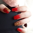 Red gold nails ??