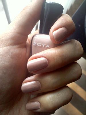 """Zoya - """"Shay"""""""