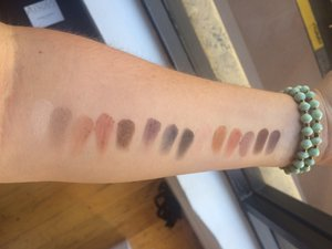 Naturally Pretty Matte Luxe Transforming Eyeshadow Palette by IT Cosmetics #21