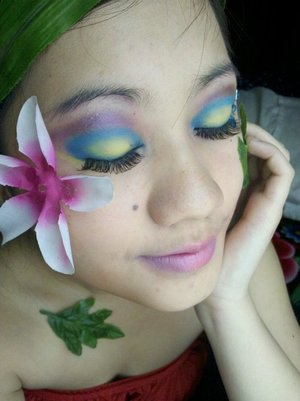 This was when I first started to experience make up. To be honest my blending was bad haha. I'm a little better now :D