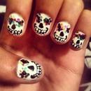 Sugar Skull Manicure.