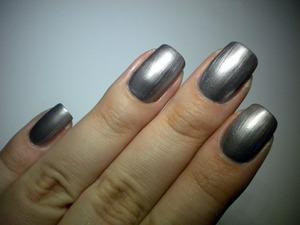 http://missbeautyaddict.blogspot.com/2012/03/31-day-challenge-metallic-nails-catrice.html