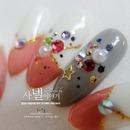 Korean stone nail art :D