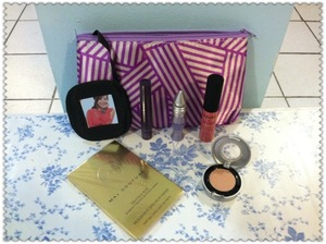 Myglam bag: NYX Soft Matte Lip; Tarte Lights,Camera,Lashes;Urban Decay Eyeshadow Primer Potion & Sin Eyeshadow; Mai Couture Blush Papier