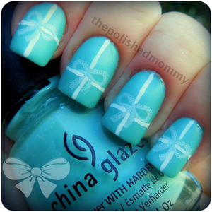 February Nail Art Challenge: Bows http://www.thepolishedmommy.com/2013/02/all-wrapped-up-for-audrey.html