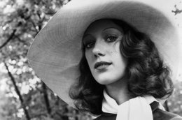 Vintage Inspiration: Marisa Berenson in Cabaret