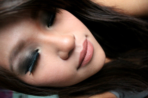 Smokey eyes never goes out of style.