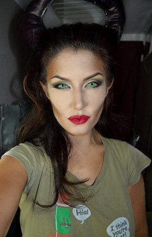 http://instagram.com/auroramakeup