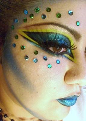 Makeupholicliz L.