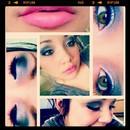 Smokey eye with glitter and pink lip