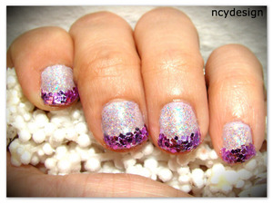 add some glitters to cheer up your day! Revlon top coat Revlon Colorstay longwear Nail enamel 040 Provence Wet n wild Shine Nail polish some craft glitters