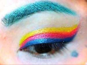 Pressed pigments are being used to create this look