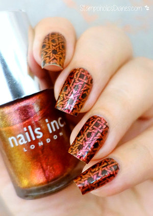 http://stampoholicsdiaries.com/2015/10/08/oriental-nails-with-nails-inc-essence-and-messy-mansion/
