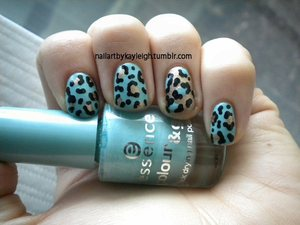 Essence in You Belong to Me Sally Hansen Complete Salon Manicure in Gilty Pleasure