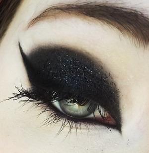 Not listed: Medusa's Makeup Glitter in 'Abracadabra'