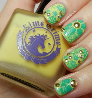 For full details on this look: http://www.letthemhavepolish.com/2013/09/31dc2013-day-3-yellow-nails-in-lime.html
