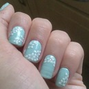 peppermint green and white flowers =]