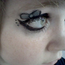 Bow Eye makeup