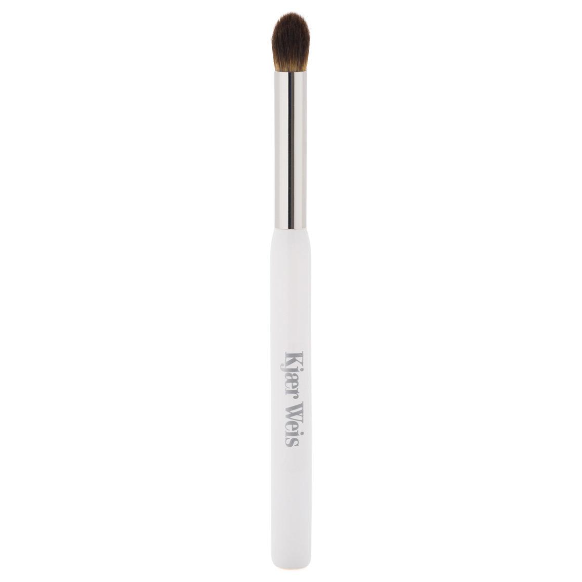 Kjaer Weis Cream Eye Shadow Brush product swatch.