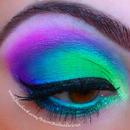 neon eye makeup for summa!