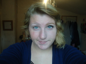 Only half of my everyday makeup was done, and you can really tell in my eyebrows!
