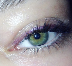 I used this to accentuate the green in my eyes!