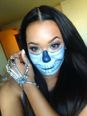 Wanna see how to achieve this skeleton look along with Last Minute Outfit Ideas? Click here  http://youtu.be/c8tJXYnR36w
