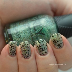 http://onepolishedmomma.blogspot.com/2015/06/jurassic-world-nails.html?m=1