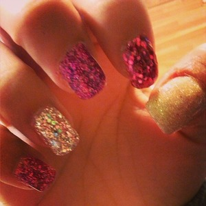 Every nail is different with glitter :) love it.