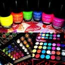 inglot loose pigments , Fuego pallet , la colors tropical set